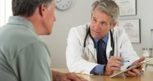 Vasectomía. Paciente consultando a un especialista